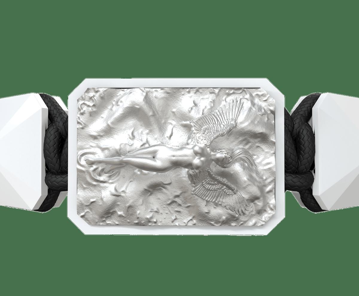 Pulsera I Love Me con cerámica blanca y escultura acabada en efecto Platino. Hilo negro.