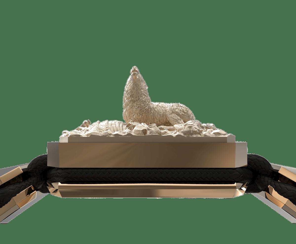Pulsera Selfmade con cerámica y escultura acabadas en Oro Rosa de 18k. Hilo negro.