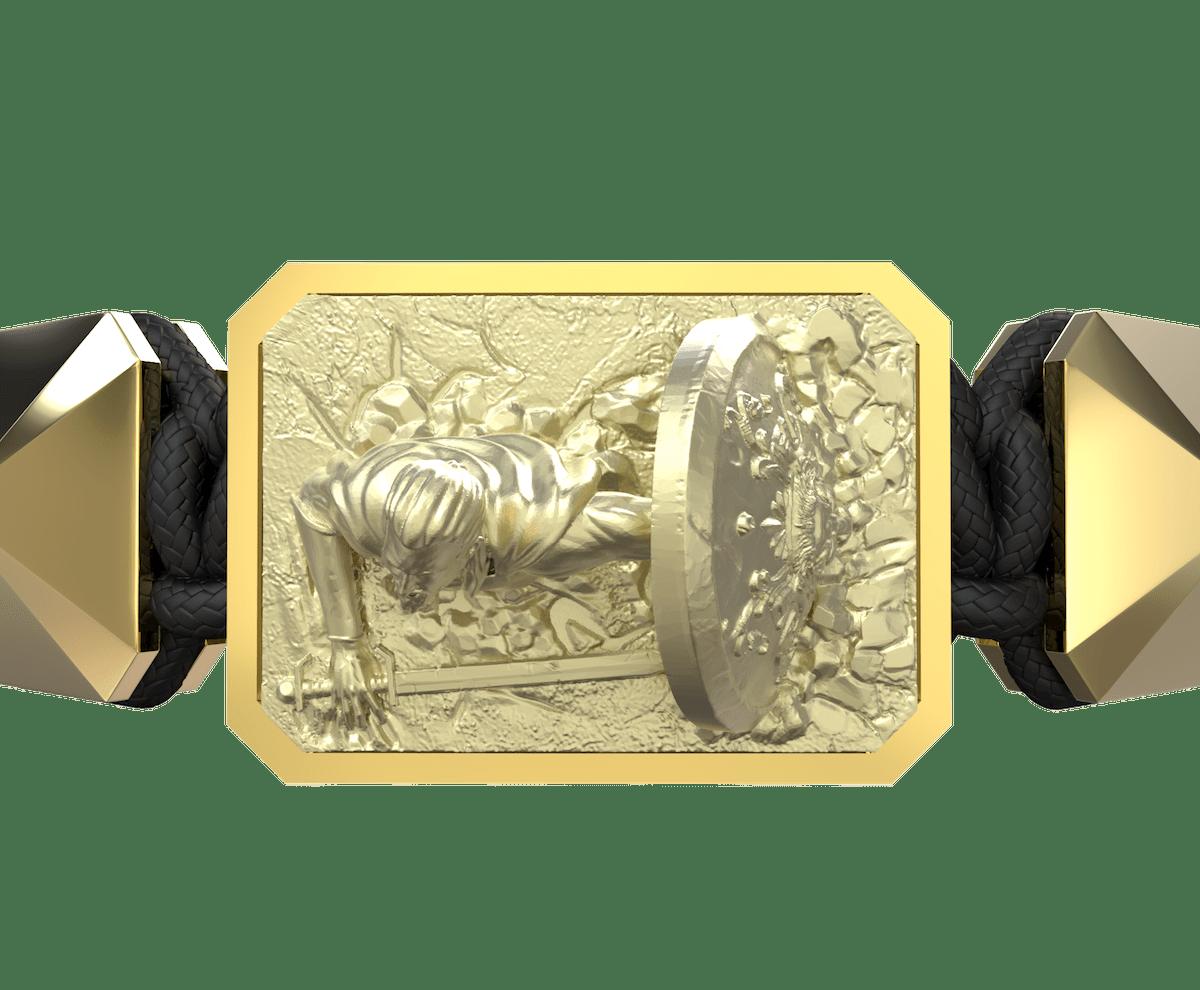 Pulsera I Will Fight till the End con cerámica y escultura acabadas en Oro Amarillo de 18k. Hilo negro.