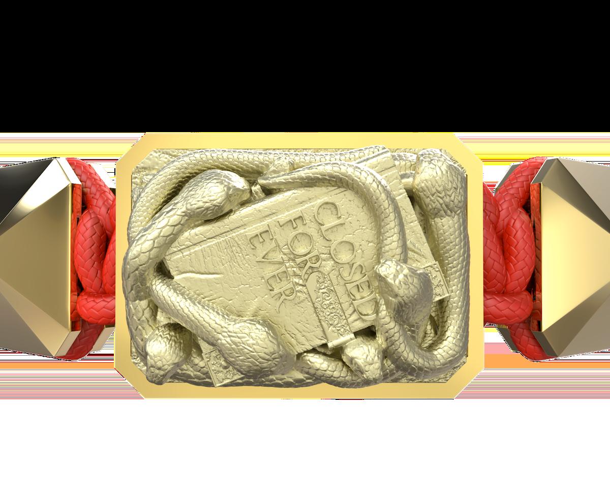 Pulsera I Quit con cerámica y escultura acabadas en Oro Amarillo de 18k. Hilo rojo.