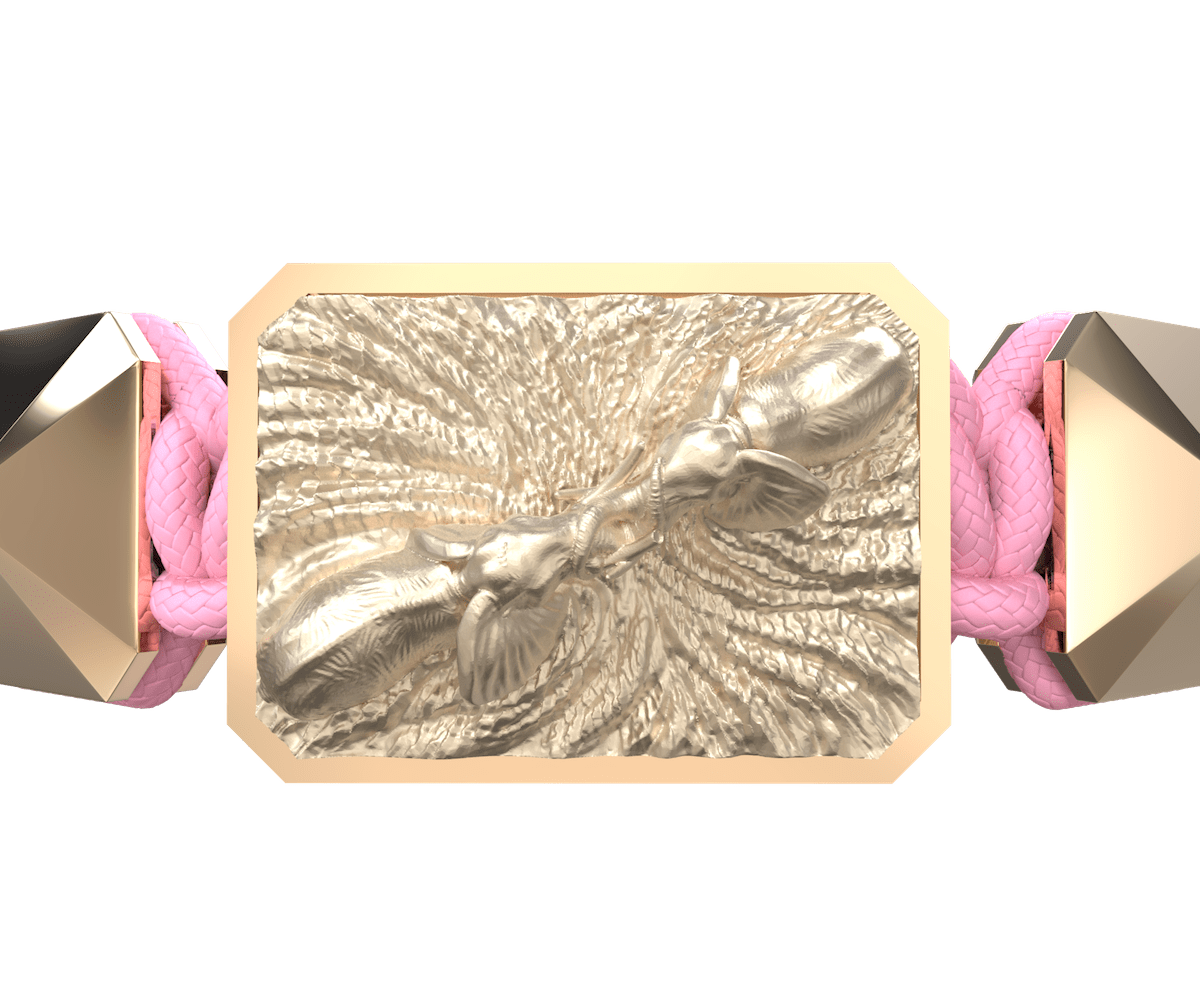 Pulsera Forever In My Heart con cerámica y escultura acabadas en Oro Rosa de 18k. Hilo rosa.