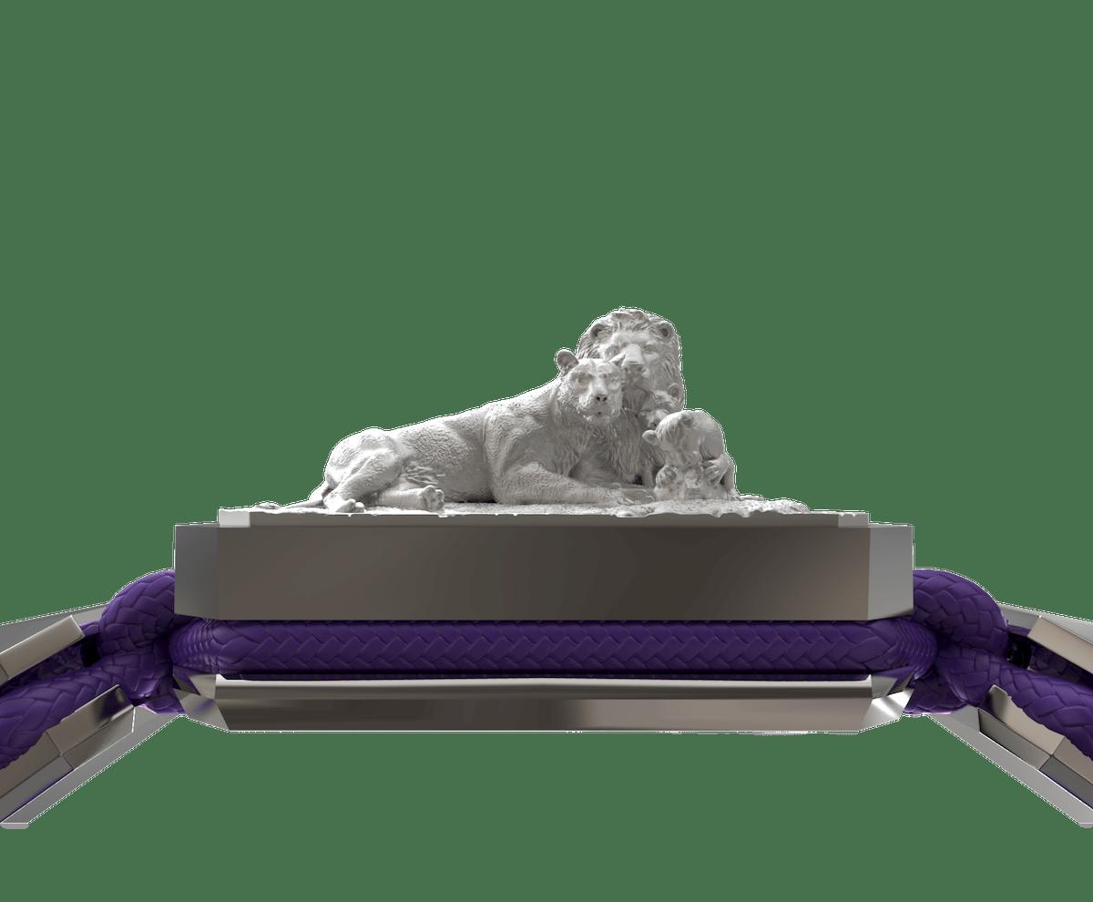 Pulsera My Family First con cerámica y escultura acabadas en efecto Platino. Hilo violeta.