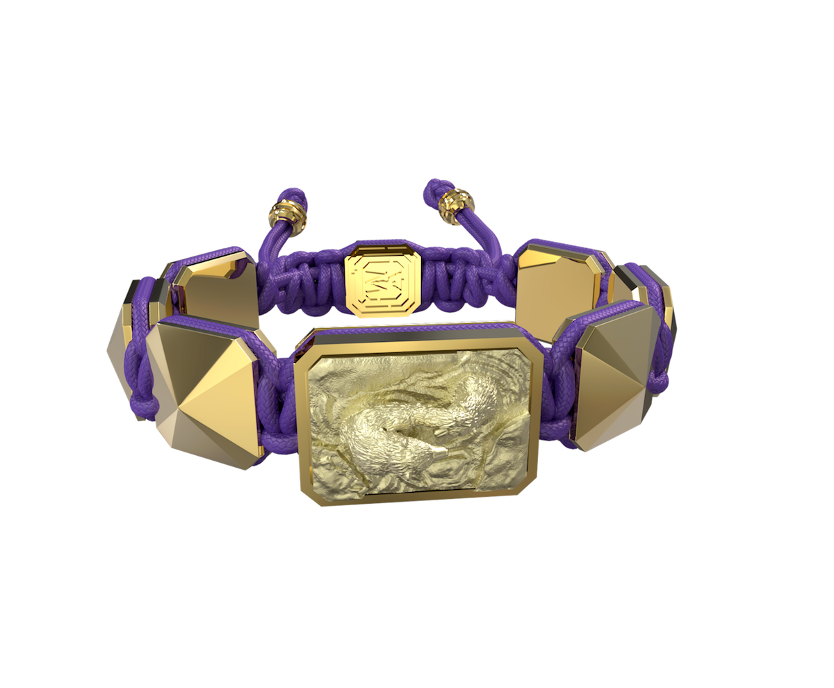 Pulsera Proud Of You con cerámica y escultura acabadas en Oro Amarillo de 18k. Hilo violeta.