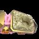 Pulsera Selfmade con cerámica y escultura acabadas en Oro Amarillo de 18k. Hilo rosa.