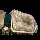 Pulsera Selfmade con cerámica y escultura acabadas en Oro Rosa de 18k. Hilo verde oscuro.