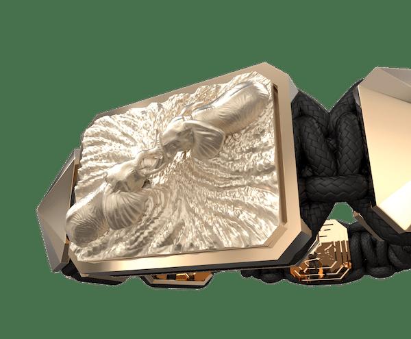 Comprar Pulsera Forever In My Heart con cerámica y escultura acabadas en Oro Rosa de 18k. Hilo negro.