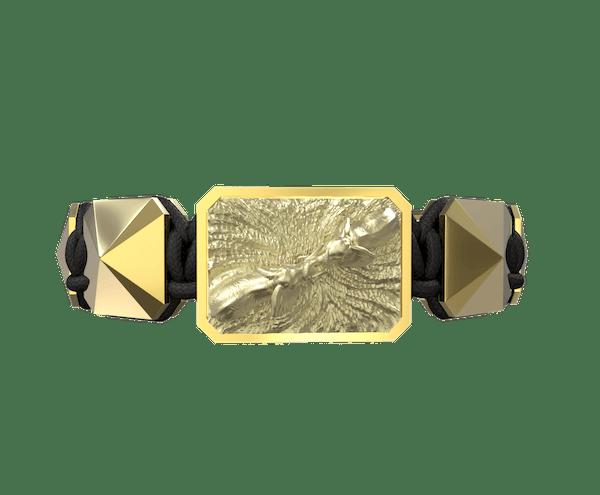 Comprar Pulsera Forever In My Heart con cerámica y escultura acabadas en Oro Amarillo de 18k. Hilo negro.