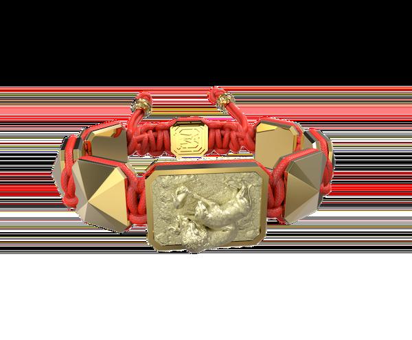 Comprar Pulsera My Family First con cerámica y escultura acabadas en Oro Amarillo de 18k. Hilo rojo.