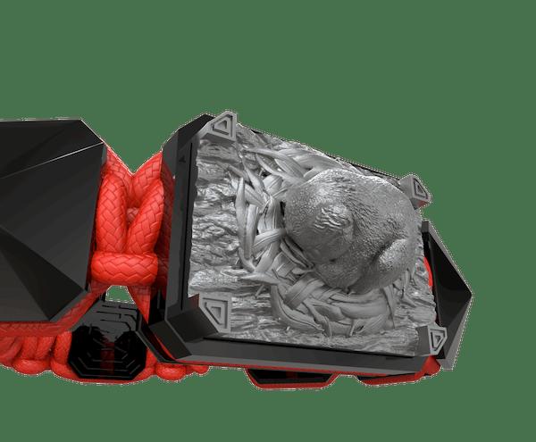 Comprar Pulsera I Love Me con cerámica negra y escultura acabada en color antracita. Hilo rojo.