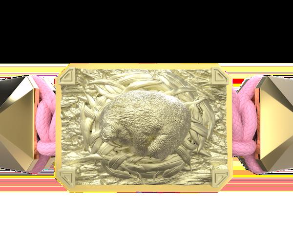Comprar Pulsera I Love My Baby con cerámica y escultura acabadas en Oro Amarillo de 18k. Hilo rosa.