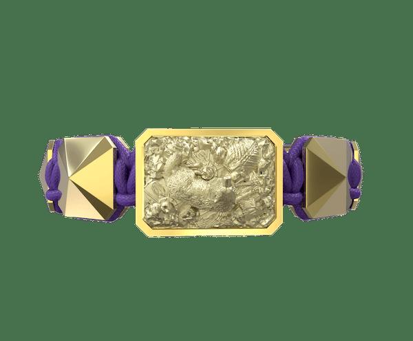 Comprar Pulsera Selfmade con cerámica y escultura acabadas en Oro Amarillo de 18k. Hilo violeta.