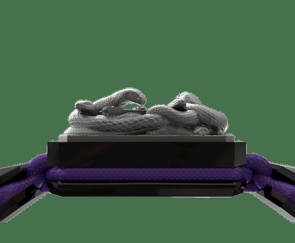 Comprar Pulsera I Quit con cerámica negra y escultura acabada en color antracita. Hilo violeta.