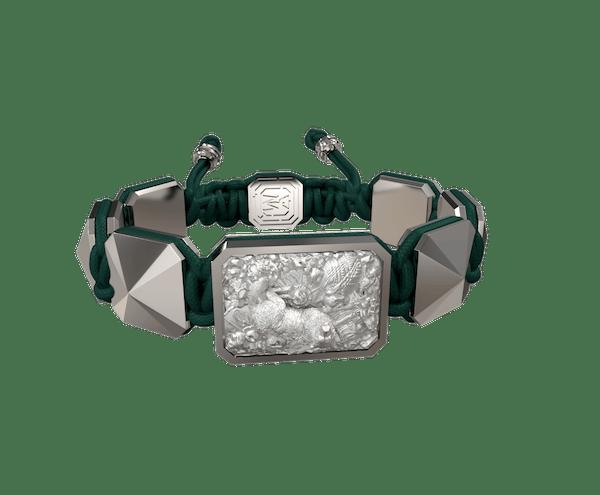 Comprar Pulsera Selfmade con cerámica y escultura acabadas en efecto Platino. Hilo verde oscuro.