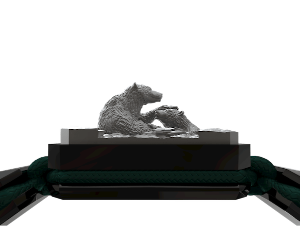 Comprar Pulsera Proud Of You con cerámica negra y escultura acabada en color antracita. Hilo verde oscuro.